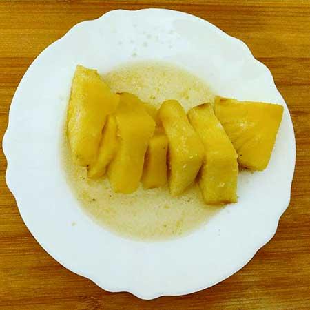 Ananas al Vermouth bianco