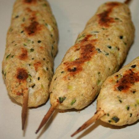 Arrosticini di pollo e zucchine