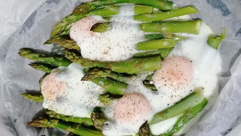 Asparagi e uova a Varoma