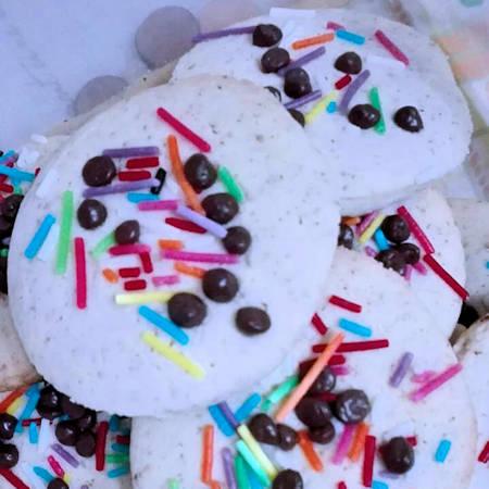 Biscotti colore e fantasia