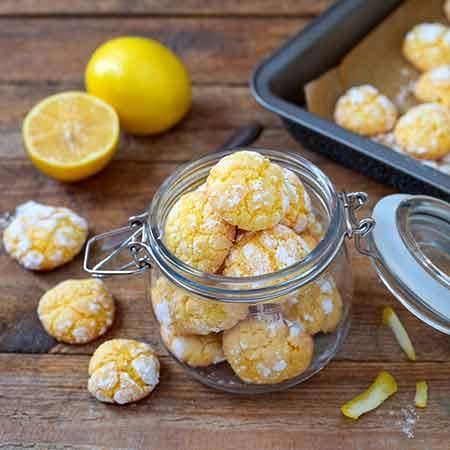 Biscotti crinkle al limone