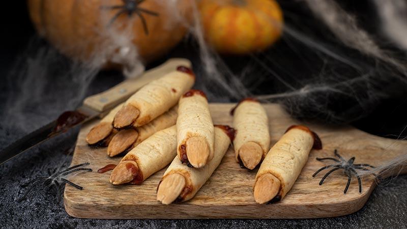 Biscotti dita di strega per Halloween