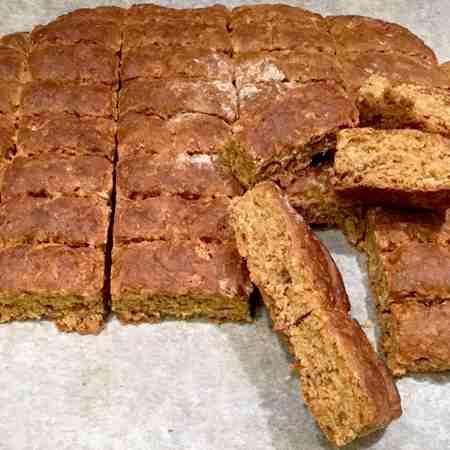 Biscotti integrali con farro e lievito madre