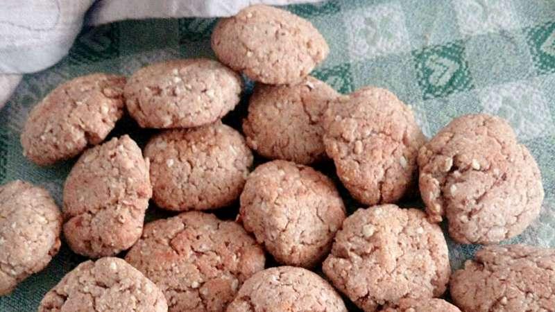 Biscotti alle mandorle senza uova e burro