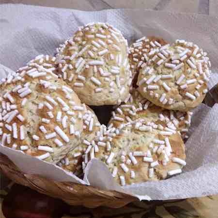 Biscotti morbidi con granella di zucchero