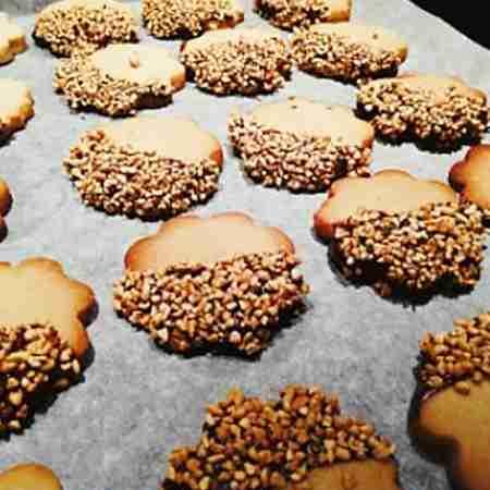Biscotti nocciole e cannella