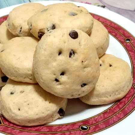 Biscotti panna e gocce di cioccolato