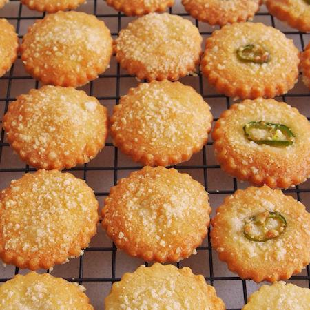 Biscotti salati per antipasti e aperitivi