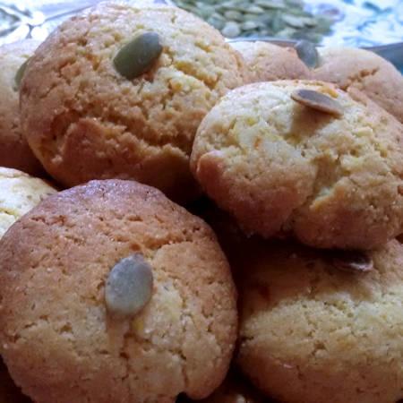 Biscotti salati con semi di zucca