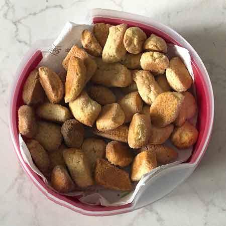 Biscotti semplici senza burro e uova
