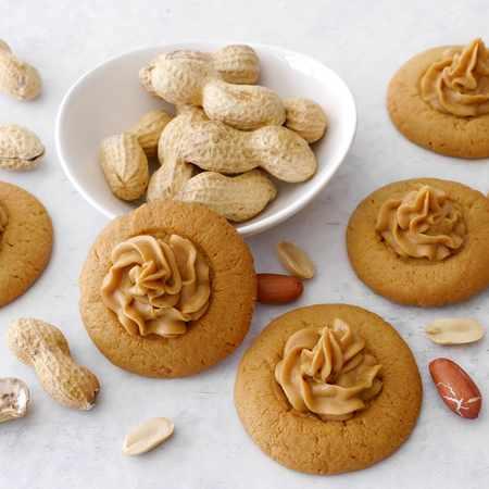 Biscotti veloci con burro di arachidi