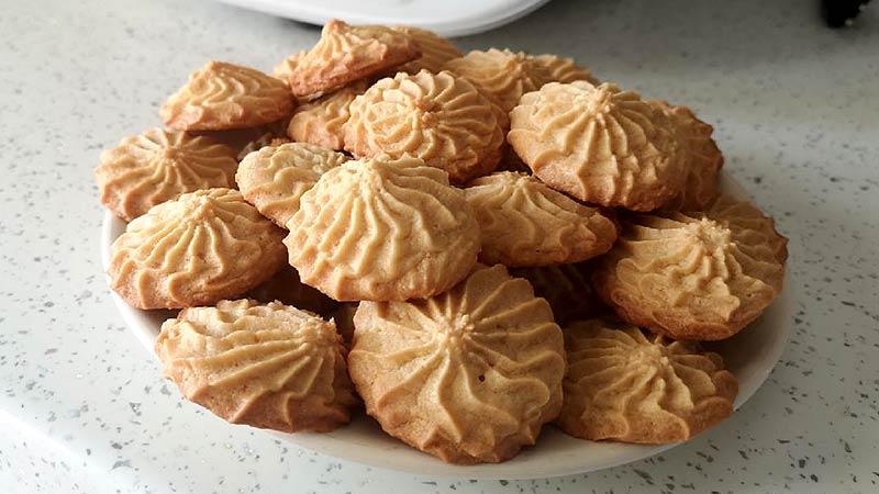 Biscottini con burro di mandorle