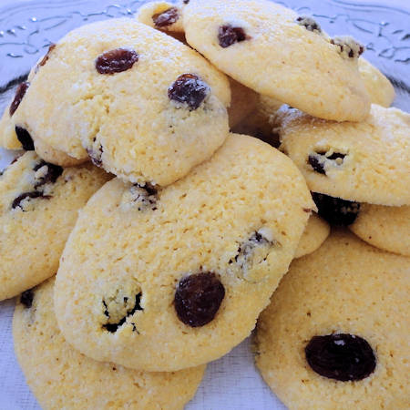 Biscottini di mais e uvetta