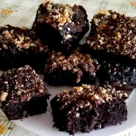 Brownies morbidi di cioccolato