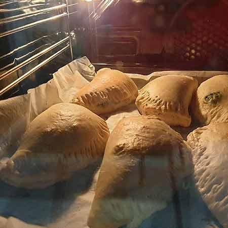 Calzoncelli al forno