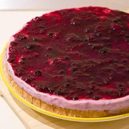 Cheesecake ai frutti di bosco con yogurt greco