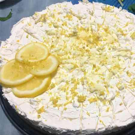 Cheesecake al limone e amaretti