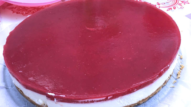 Cheesecake cioccolato bianco, lamponi e fragole