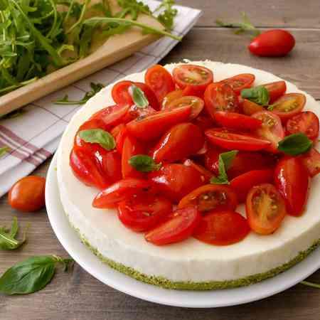 Cheesecake salata tricolore