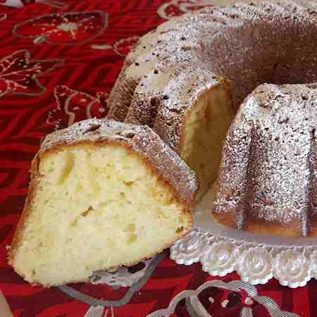 Ciambella allo yogurt all'albicocca