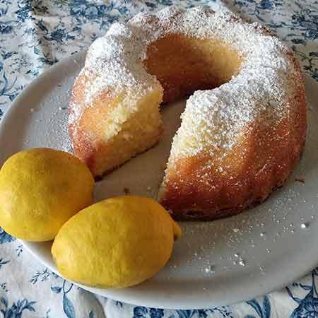 Ciambella soffice al limone e zenzero