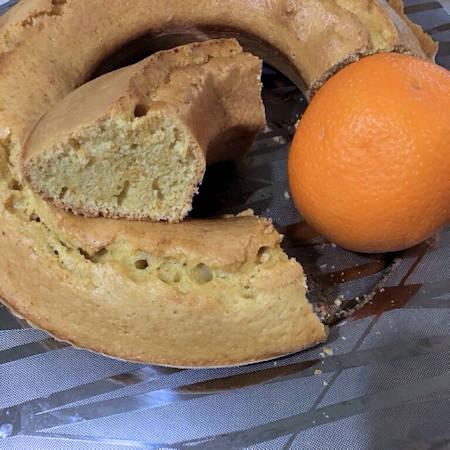 Ciambella all'acqua e arancia