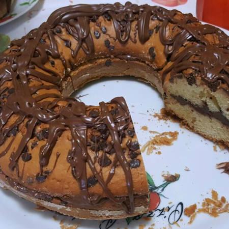 Ciambellone gocce di cioccolato e Nutella