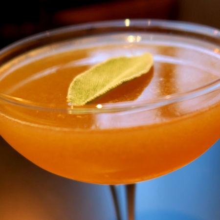 Cocktail arance, mele e Sherry