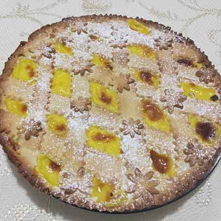 Crostata con crema pasticcera e amarene