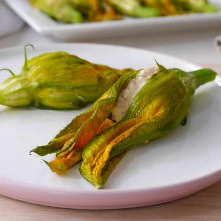 Fiori di zucca ripieni vegetariani