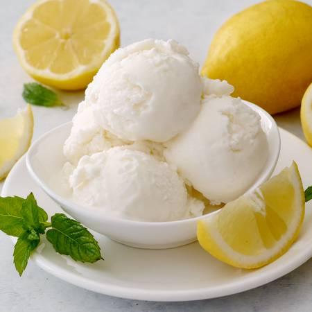 Gelato al limone senza latte