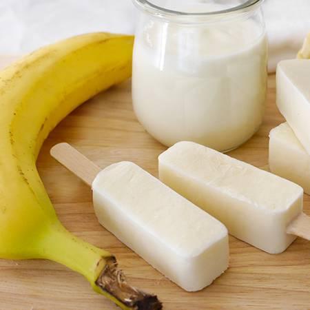 Ghiaccioli yogurt e banana