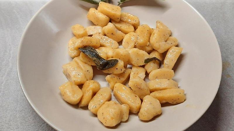 Gnocchi di polenta taragna avanzata