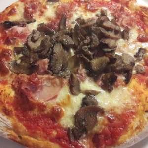 Impasto per pizza con semola di grano duro