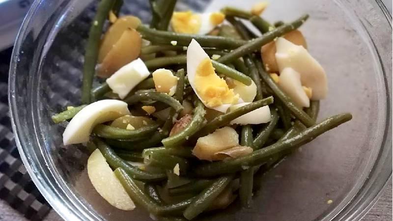 Insalata di fagiolini, patate e uova sode