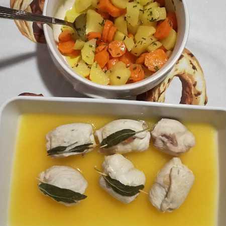 Involtini di pollo con carote e patate a Varoma