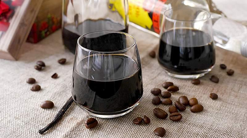 Liquore al caffè: Ingredienti e Preparazione