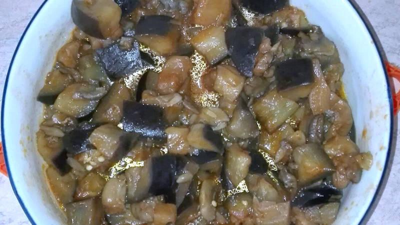 Melanzane e funghi champignon
