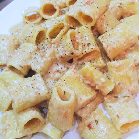 Mezze maniche funghi pancetta e lardo