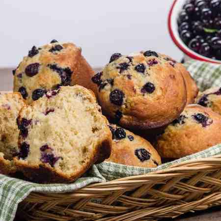 Muffin ai mirtilli con zucchero muscovado