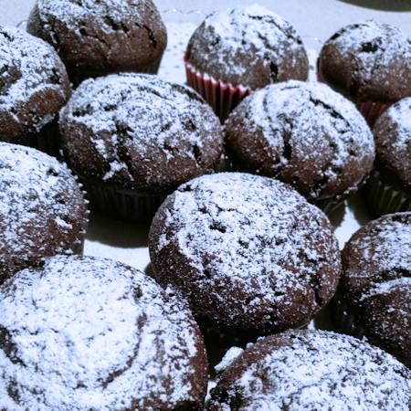 Muffin al cacao con cuore di Nutella