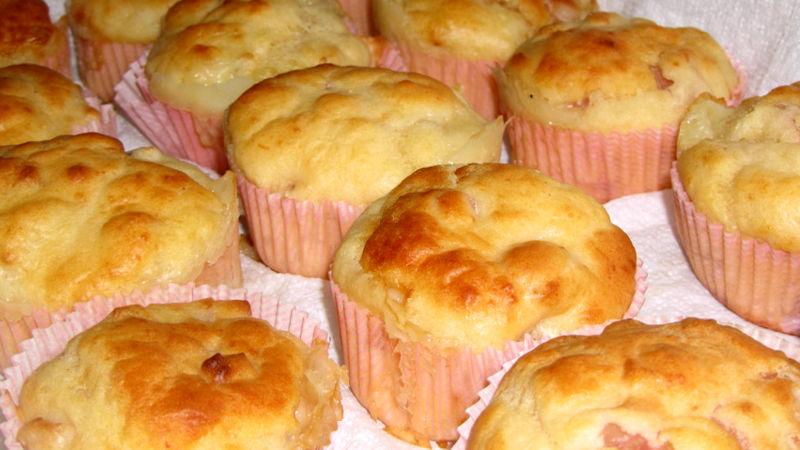 Muffin al prosciutto ed emmental