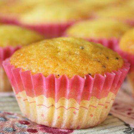 Muffin lamponi e semi di papavero