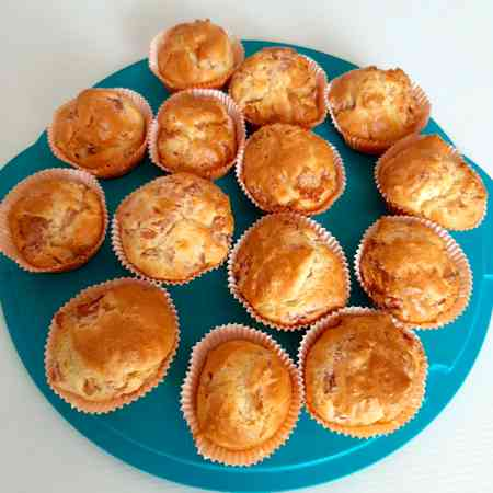 Muffin salati con provola e cotto