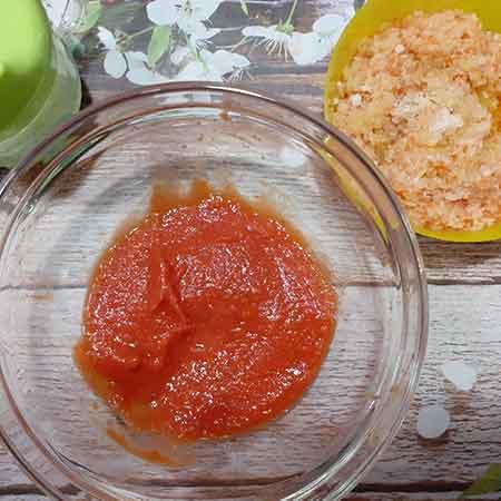 Omogeneizzato di pomodori datterini
