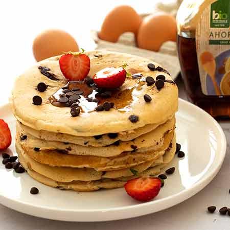 Pancake allo yogurt e gocce di cioccolato