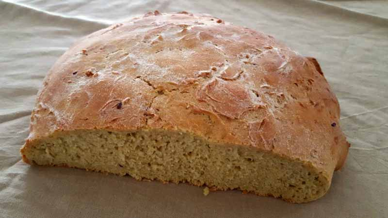 Pane ai cereali e curcuma