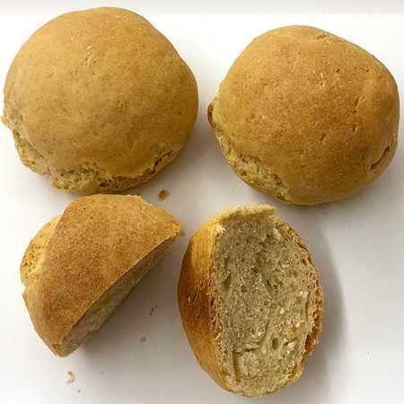 Pane alle tre farine con lievito madre