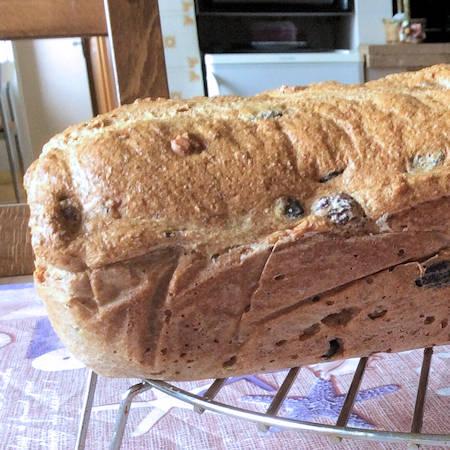 Pane integrale con farina di farro veloce