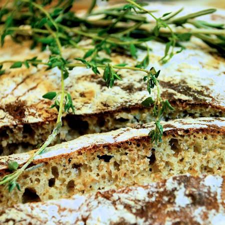 Pane integrale al rosmarino
